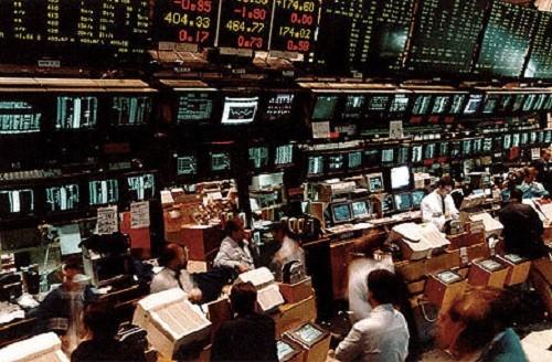 Il FTSE Mib chiude in ribasso prima delle festività pasquali