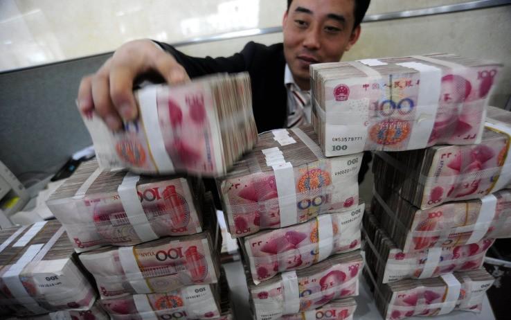 Yuan Cina oro