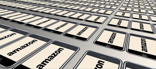 Comprare azioni Amazon conviene? Quotazione e previsioni